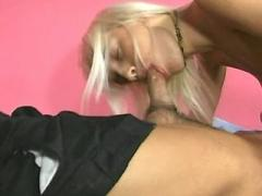 Lovely milf get screwed and creamed