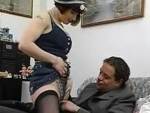 Lady in hat gets pleasure from fucking with guest