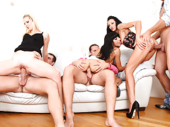 Wifes pick up men keys to know who to fuck in swapper orgy