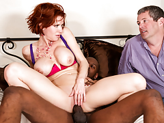 Veronica hits on photographer Jon Jon for his intense black rod
