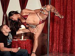 Get undressed Club Leg Vixen