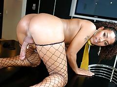 Horny cute tranny caresses her dick and bonks her hot dildo!