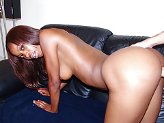 Thick white cock creampies an ebony uterus after pounding it