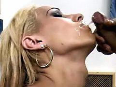 Blond TS screwing guy ass