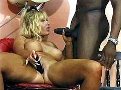 Mom blows hot beautician