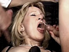Ledy gets facial in orgy