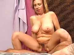 Sweet mommy gets plugged