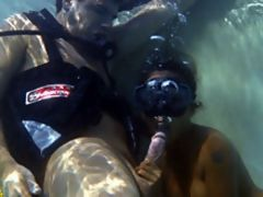 Underwater blowjob fucking with Asian girl