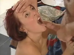 Beauty catches facial after blowjob