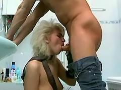 Blond sucks cock in bath