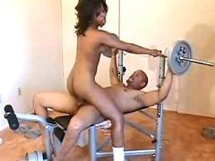 Sweet ebony fucks in gym