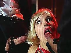 Glamour slut in groupsex