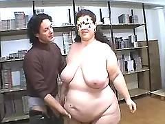 Ultrafat woman tempts guy