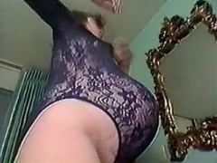 Pregnant milf seduces guy