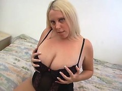 Chubby chick tempts guy