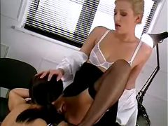 Teenie licking mistress