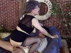 Hot granny screwed by guy